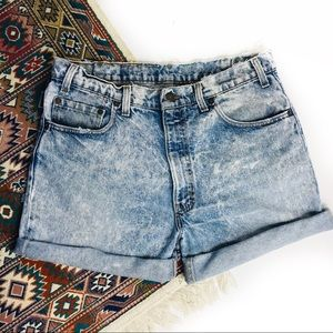 Levi's 540 acid wash distressed denim shorts